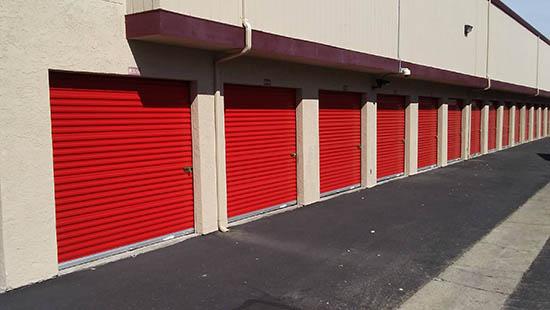Drive-up storage units in Walnut Creek