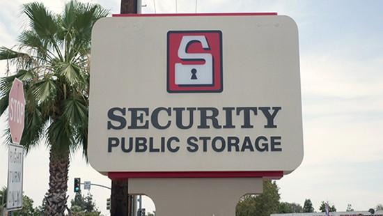 Moreno Valley storage sign
