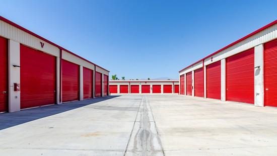drive up storage in palm desert
