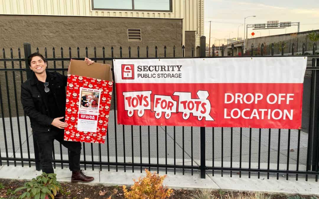 SPS Sites Begin Collecting Toys for Tots on November 1!