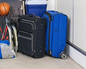 use suitcase as storage